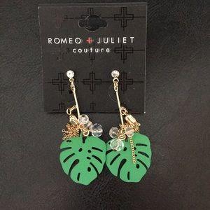 New Romeo & Juliet Palm leaf Tassel & Crystal Earr